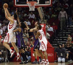 תמונה של משחק כדורסל
